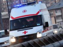 ВБишкеке пассажирка автомобиля дважды попала ваварию