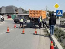 В Бишкеке устраняют дефекты на отремонтированных улицах