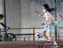 Во Франции будут смягчены меры против коронавируса в школах