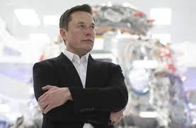 Илон Маск обещает через три года выпустить беспилотный электромобиль «Тесла» за  25 тысяч долларов