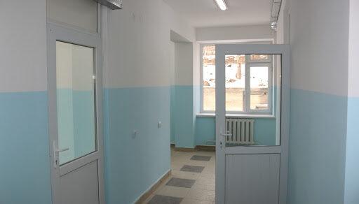 В Кыргызстане сдали в эксплуатацию 7 из 12 больниц, которые планировали построить или перепрофилировать