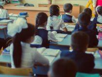 Обучение в школах в режиме оффлайн может возобновиться в октябре