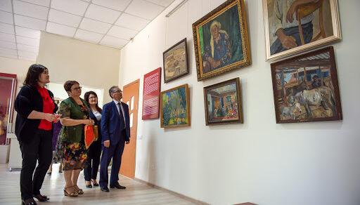 В Кыргызстане с 14 сентября откроются музеи и библиотеки