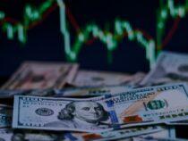 Доллар  готовиться побить мартовский рекорд. Курс близок к 80 сомам