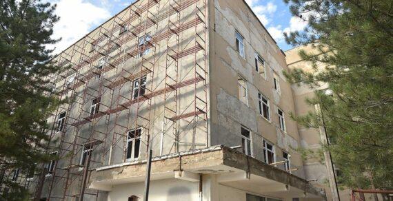 Ремонт больницы вТокмоке планируют завершить доконца сентября