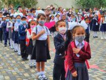 В школы Кыргызстана сегодня пошли более 156 тысяч первоклассников