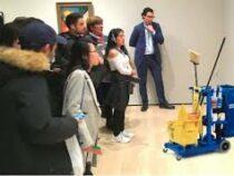 60-летняя украинка случайно создала произведение искусства: его оценили в 910 тысяч долларов