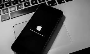 Маркетологи дали совет, когда лучше брать новый iPhone по «выровненной» цене