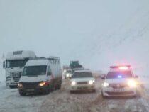 На трассе Бишкек – Ош введены ограничения для проезда большегрузов