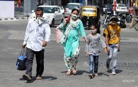 Власти Индии разрешили открыть школы, колледжи и кинотеатры с 15 октября
