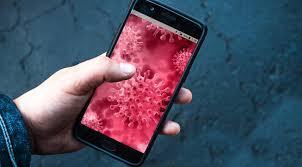 Учёные выяснили, сколько времени коронавирус «живёт» на деньгах и смартфонах