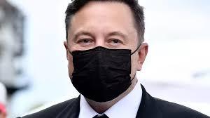 Илон Маск отказался делать прививку от коронавируса