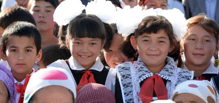 В МОиН надеются, что дети со второй четверти начнут обучаться в режиме оффлайн