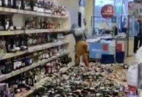 Англичанка разбила в магазине полтысячи бутылок с алкоголем