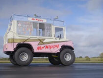 Телеведущий сел в фургон с мороженым и установил рекорд Гиннесса