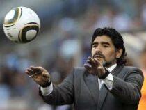 На 61-м году жизни скончался знаменитый футболист Диего Марадона