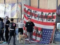 В различных городах США после выборов Президента страны проходят массовые акции