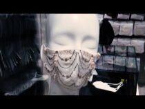 В Японии представили маски с бриллиантами и жемчугом