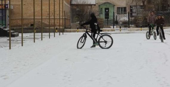 В Нарыне строится первая велодорожка