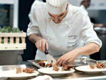 Сегодня школьные повара поборются зазвание «Лучший школьный повар — 2020»
