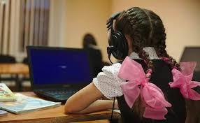В Бишкеке будет выявлять школьников, прогуливающих онлайн-занятия