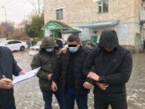 ГКНБ: По факту вымогательства взятки задержан милиционер