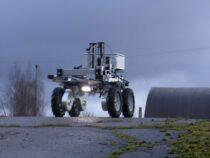 В Латвии создан робот для уничтожения сорняков
