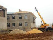 Строительство новой школы в Араванском районе продолжается