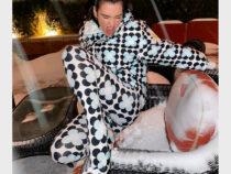 Знаменитости запустили новый модный тренд на верхнюю одежду