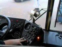 Водителям троллейбусов и автобусов в Бишкеке планируют повысить зарплаты