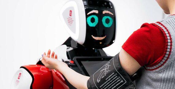 В Москве начал работать робот-диагност