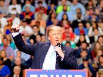 Трамп покинет пост под залпы орудий и военный оркестр