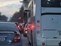 Общественный транспорт вБишкеке не соблюдает ПДД
