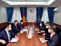 Китай готов предоставить Кыргызстану вакцины против COVID-19