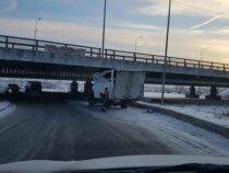 «Мост глупости» в Петербурге поймал «юбилейную» жертву