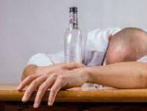 Врачи назвали наиболее подверженные алкоголизму профессии