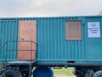 Уже второй руководитель области в Узбекистане переселился жить в контейнер