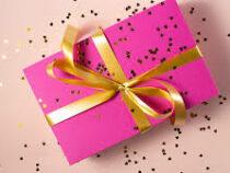 Опрос показал, каких подарков больше всего ждут женщины на 8 марта