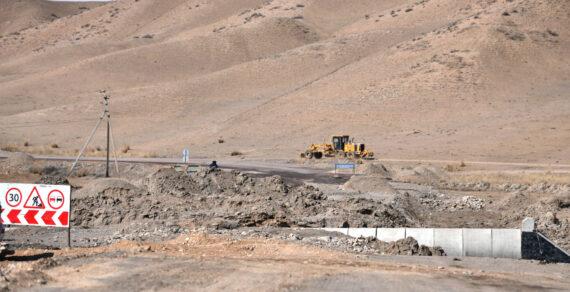 Премьер-министр взял под контроль строительство дороги Ош – Баткен – Исфана