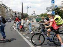 Жителям Франции предложат обменять их старые автомобили на электровелосипед