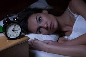 Врач рассказала, как перестать просыпаться по ночам