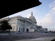 Капитолий США закрыли из-за «внешней угрозы»