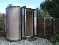 Комната в саду: британцы придумали карантинные офисы