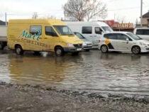 Премьер озаботился подтоплением дороги на западе Бишкека