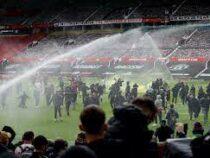 Болельщики клуба «Манчестер Юнайтед» накануне сорвали его матч с «Ливерпулем»