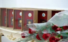 Многодетных матерей Кыргызстана наградят орденами и медалями