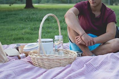 Как не отравиться на пикнике: советы врача