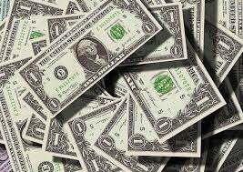 Женщина получила миллиард долларов и не смогла от него избавиться