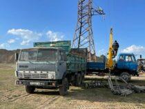 На одной из отдаленных погранзастав проводят электричество