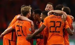 Футболисты Нидерландов выходят в плей-офф ЧЕ-2020